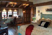 Фото 1 Интерьер деревенского дома: стилистические тонкости оформления и 85+ уютных и комфортных вариантов
