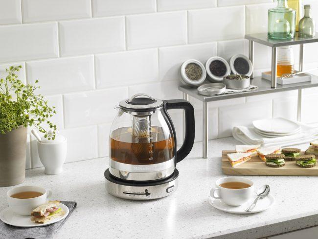 Электрический чайник со встроенным заварником без накипи