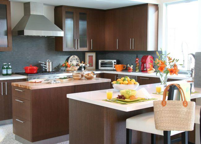 Коричневая кухня: фото 85 лучших дизайнерских интерьеров