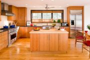 Фото 11 Короткие шторы на кухню: 75+ утонченных интерьерных решений для кухни и столовой зоны