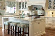 Фото 24 Короткие шторы на кухню: 75+ утонченных интерьерных решений для кухни и столовой зоны