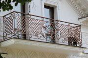 Фото 5 Кованые балконы: французский колониальный шик и 75 его элегантных воплощений