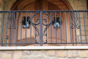 Фото 13 Кованые балконы: французский колониальный шик и 75 его элегантных воплощений