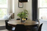 Фото 7 Круглый деревянный стол на одной ножке: 85 моделей для тех, кто не привык выбирать между эстетикой и функциональностью