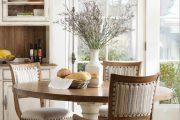 Фото 72 Круглый деревянный стол на одной ножке: 85 моделей для тех, кто не привык выбирать между эстетикой и функциональностью