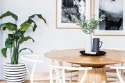 Фото 76 Круглый деревянный стол на одной ножке: 125+ моделей для тех, кто не привык выбирать между эстетикой и функциональностью