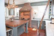 Фото 13 Светлые кухни с патиной: вневременная классика и 100+ избранных интерьерных сочетаний