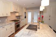 Фото 23 Кухня в стиле арт-деко: тонкости гармоничного интерьера и 75 избранных фотоидей на любой вкус