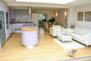 Фото 32 Кухня в стиле арт-деко: тонкости гармоничного интерьера и 75 избранных фотоидей на любой вкус