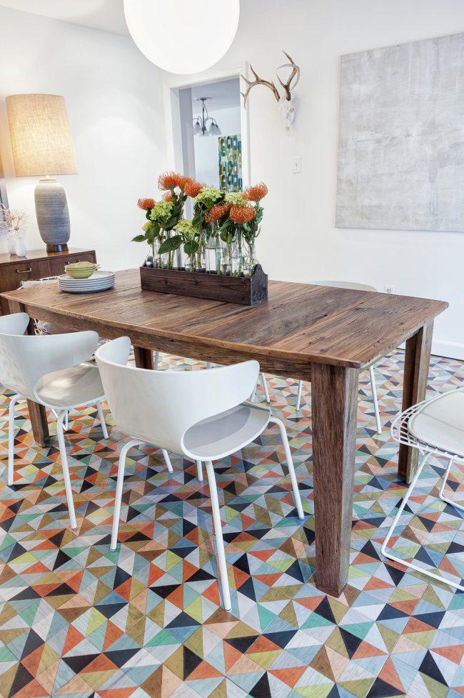 Разноцветный линолеум по мозаичную плитку