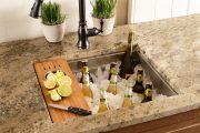 Фото 20 Как выбрать мойку для кухни: полезные рекомендации и обзор наиболее удобных и функциональных моделей