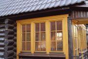 Фото 67 Наличник на окна в деревянном доме: декоративное украшение фасада и 70+ оригинальных примеров