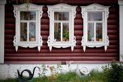 Фото 9 Наличник на окна в деревянном доме: декоративное украшение фасада и 70+ оригинальных примеров
