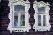 Фото 34 Наличник на окна в деревянном доме: декоративное украшение фасада и 70+ оригинальных примеров
