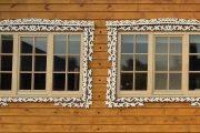 Фото 41 Наличник на окна в деревянном доме: декоративное украшение фасада и 70+ оригинальных примеров