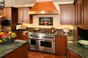 Фото 15 Панно из плитки на кухню: 110+ ярких фото идей для декора фартука и кухонной отделки