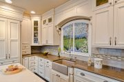 Фото 20 Панно из плитки на кухню: 110+ ярких фото идей для декора фартука и кухонной отделки