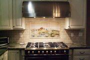 Фото 7 Панно из плитки на кухню: 110+ ярких фото идей для декора фартука и кухонной отделки
