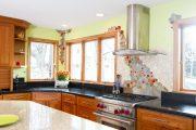 Фото 10 Панно из плитки на кухню: 110+ ярких фото идей для декора фартука и кухонной отделки