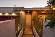 Фото 24 Пластиковые входные двери для частного дома: 70+ стильных и надежных реализаций