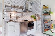 Фото 18 Плитка кабанчик на фартук кухни: виды облицовки и 80 трендовых кухонных интерьеров
