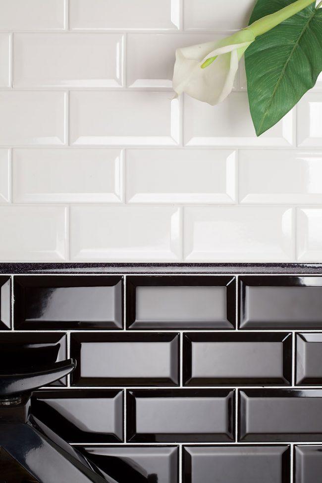 Самый популярный размер плитки есть в ассортименте любого производителя и доступен по цене