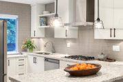 Фото 22 Плитка кабанчик на фартук кухни: виды облицовки и 80 трендовых кухонных интерьеров