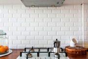 Фото 7 Плитка кабанчик на фартук кухни: виды облицовки и 80 трендовых кухонных интерьеров