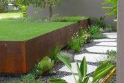 Фото 1 Как использовать подпорные стенки в ландшафтном дизайне: 75+ функциональных и эстетичных идей