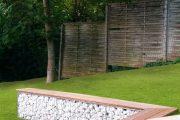 Фото 24 Как использовать подпорные стенки в ландшафтном дизайне: 75+ функциональных и эстетичных идей