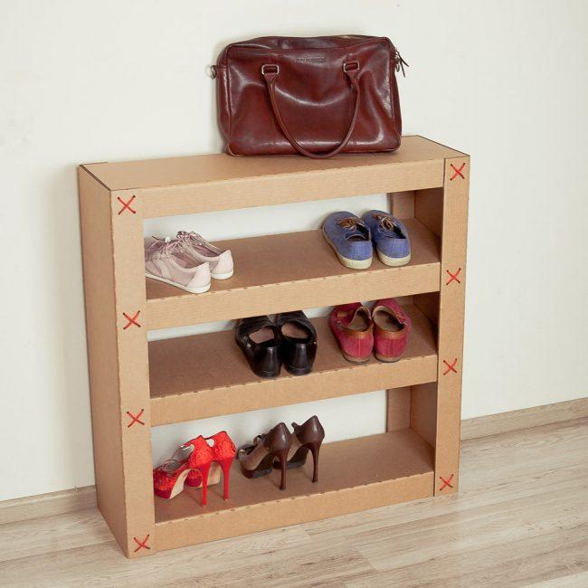 Обувница из плотного картона