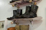 Фото 31 Полки для обуви в прихожую: 70 потрясающих идей для коридора своими руками