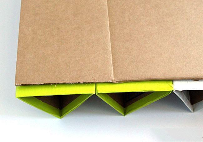 Соединяем несколько отделений для обуви оной сплошной картонкой