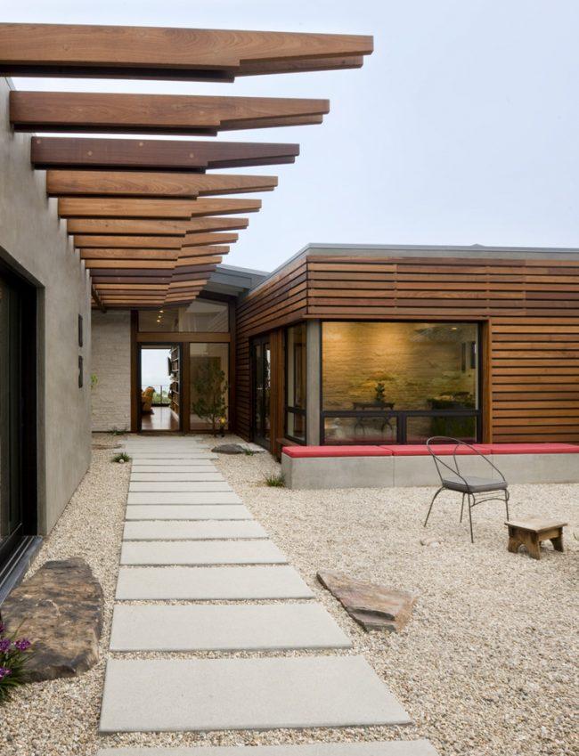 Правильно установленная обрешетка поможет создать идеально ровный фасад