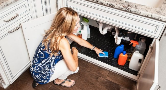 Замена сифона на кухне позволит всегда содержать помещение в чистоте и уюте