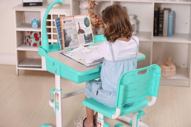 Мятный стул-трансформер от IKEA «растет» вместе с детьми