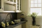 Фото 5 Сушилка для посуды в шкаф: советы по выбору и 70 практичных вариантов для современного интерьера