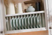 Фото 11 Сушилка для посуды в шкаф: советы по выбору и 70 практичных вариантов для современного интерьера