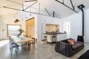 Фото 1 Дом с мезонином: отличия от мансарды и обзор комфортных вариантов планировки