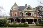 Фото 9 Дом с мезонином: отличия от мансарды и обзор комфортных вариантов планировки