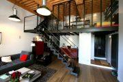 Фото 10 Дом с мезонином: отличия от мансарды и обзор комфортных вариантов планировки