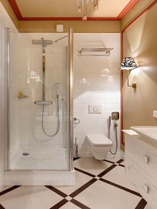 Гигиенический душ в современной ванной комнате