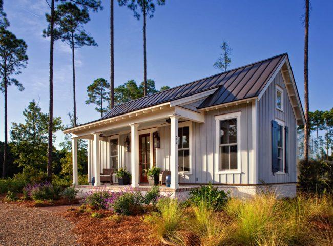 Маленькие дома для постоянного проживания - идеальный вариант для небольших участков