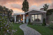 Фото 11 Маленькие дома для постоянного проживания: обзор наиболее комфортных и уютных проектов