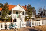 Фото 14 Маленькие дома для постоянного проживания: обзор наиболее комфортных и уютных проектов