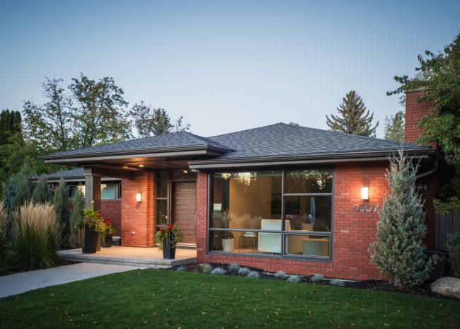 Кирпич один из самых распространенных материалов для строительства частных домов