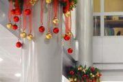 Фото 11 Как украсить офис к Новому 2021 году: 80 простых и элегантных вариантов