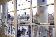 Фото 27 Как украсить офис к Новому году: 80 простых и элегантных вариантов