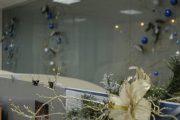 Фото 28 Как украсить офис к Новому году: 80 простых и элегантных вариантов