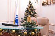 Фото 35 Как украсить офис к Новому году: 80 простых и элегантных вариантов